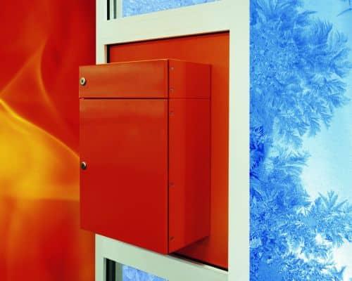 Photo of Isolierte Briefkästen halten den Hausflur angenehm warm