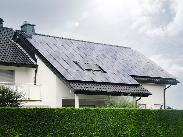 Photo of Effektiv und CO2-neutral Strom gewinnen mit Hochleistungs-Solarmodulen