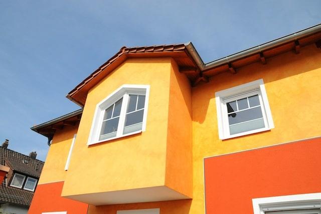 Photo of Unterschiedliche Putze setzen Akzente an Außen- und Innenwänden