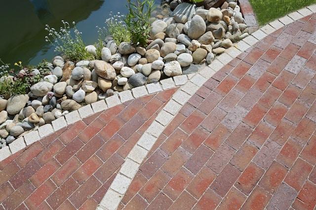 Photo of Dauerhafte Gartenwege und Terrassen mithilfe von gebranntem Ton