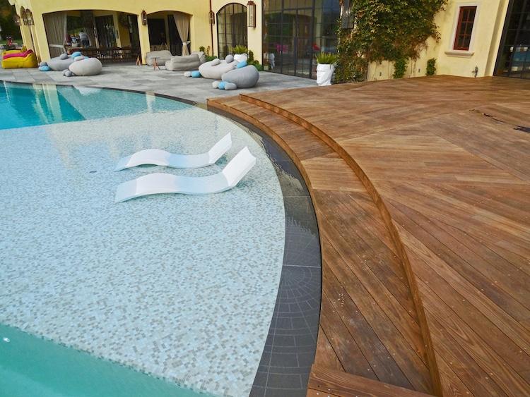 Photo of Hochwertiges Thermoholz ist das ideale Material für den Außenbereich